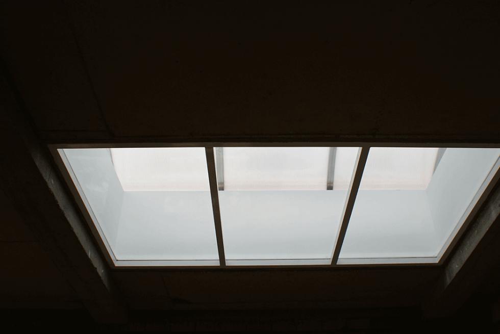 naświetla dachowe z poliwęglanu
